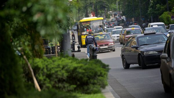 მანქანების ნაკადი თბილისში - Sputnik საქართველო