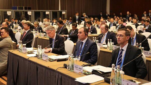 Первый вице-премьер Грузии Дмитрий Кумсишвили на форуме в Пекине - Sputnik Грузия