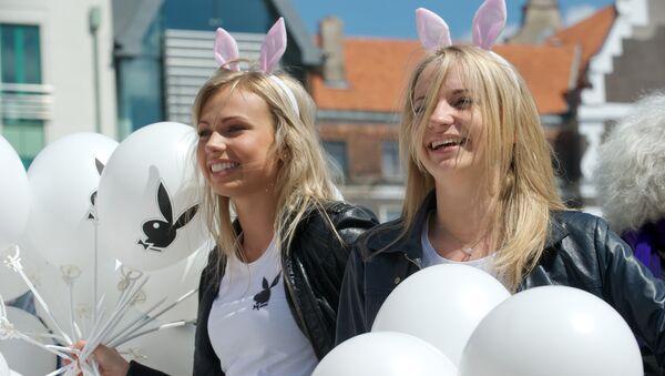 Парад блондинок в Риге, Латвия - Sputnik Грузия