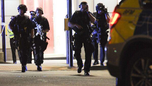 Полиция на месте теракта в Лондоне  - Sputnik Грузия