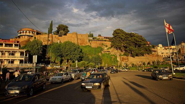 Город Тбилиси на закате - площадь Европы и дворец царицы Дареджан - Sputnik Грузия