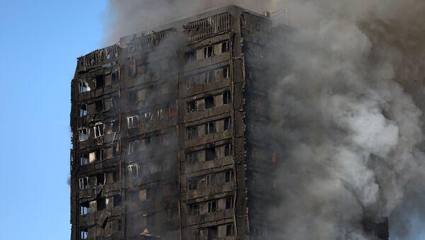 Пожар в жилом многоквартирном доме на западе Лондона - Sputnik Грузия