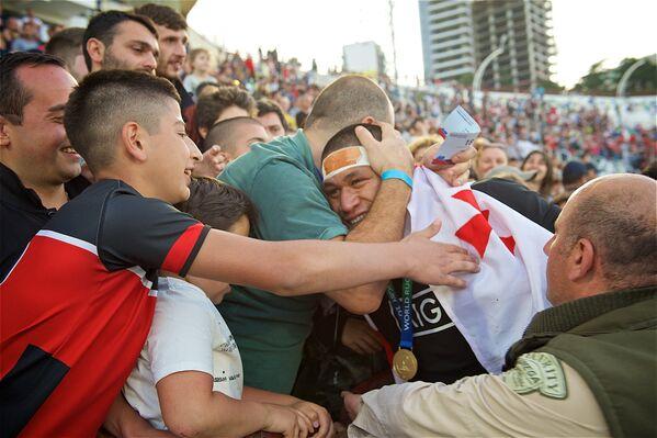 Грузинские болельщики так радовались победе Новой Зеландии в чемпионате, как будто первенство выиграла сборная Грузии - Sputnik Грузия