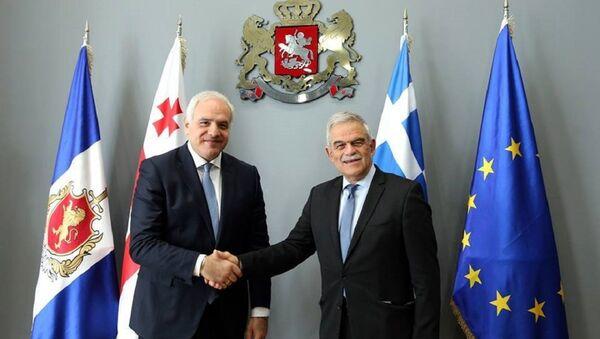 Георгий Мгебришвили и Николаос Тоскас - Sputnik Грузия