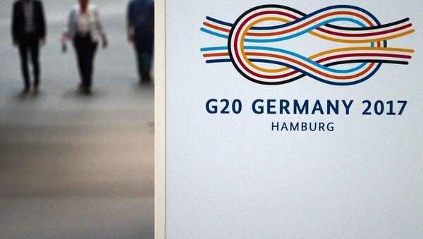 LIVE: Как в Гамбурге проходят акции протеста в преддверии саммита G20 - Sputnik Грузия