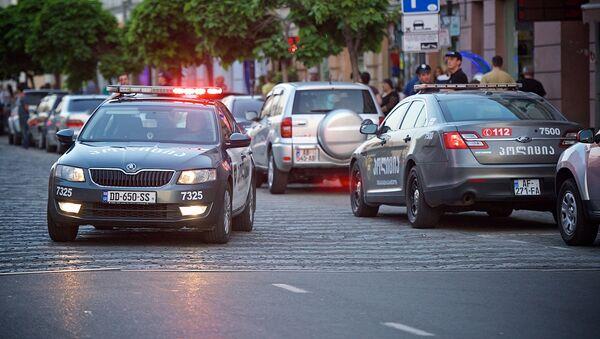Полицейские машины на улицах столицы Грузии - Sputnik Грузия