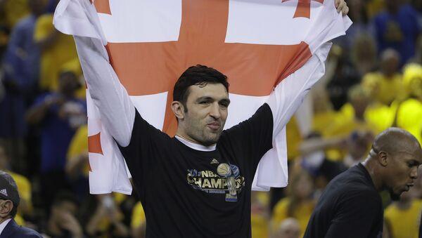 Баскетболист Заза Пачулия - Sputnik Грузия