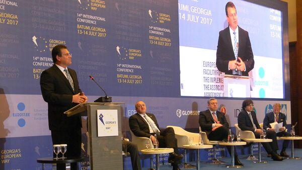 Вице-президент Еврокомиссии по Энергетическому союзу Марош Шефчович - Sputnik Грузия