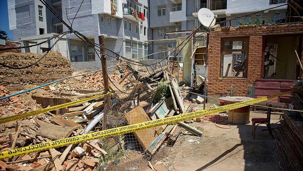 Обрушение жилого дома на улице Сухумской - Sputnik Грузия