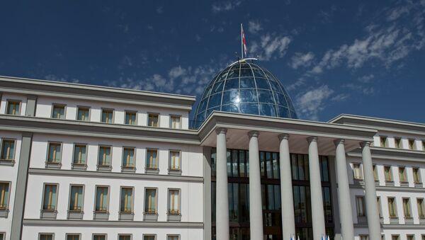 Здание президентского дворца в столице Грузии в районе Авлабари - Sputnik Грузия