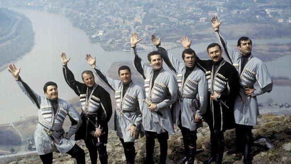 """ანსამბლ """"სალხინოს"""" წევრები - Sputnik საქართველო"""