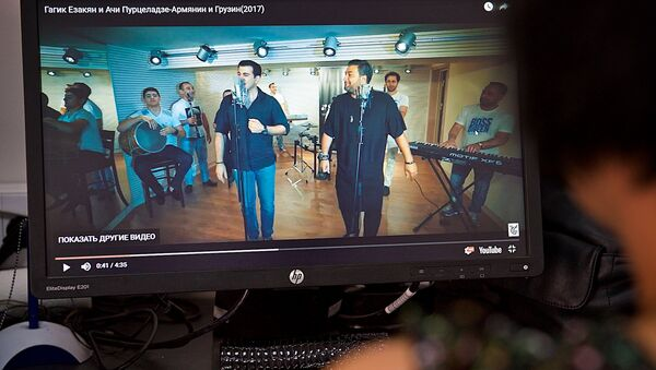 Клип Армянин и грузин на YouTube - Sputnik Грузия