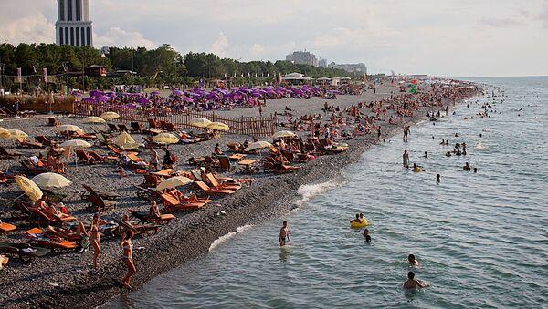 Черноморский пляж и набережная Батуми - Sputnik Грузия