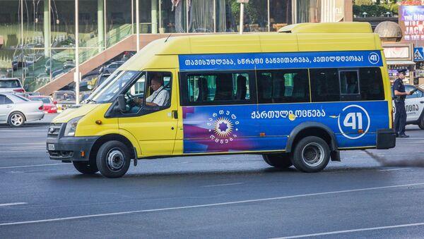 Предвыборная агитация на общественном транспорте - Sputnik Грузия
