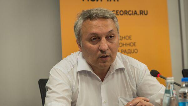 Эксперт по международным вопросам Васо Капанадзе - Sputnik Грузия