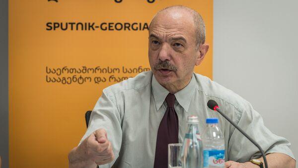 Директор Института стратегии управления Петре Мамрадзе  - Sputnik Грузия