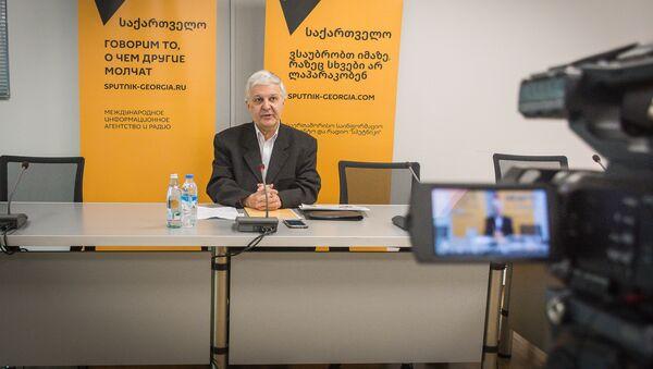 Пресс-конференция Айдинова - Sputnik Грузия