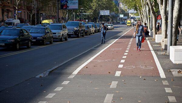 Новая велодорожка на улице Пекина - Sputnik Грузия