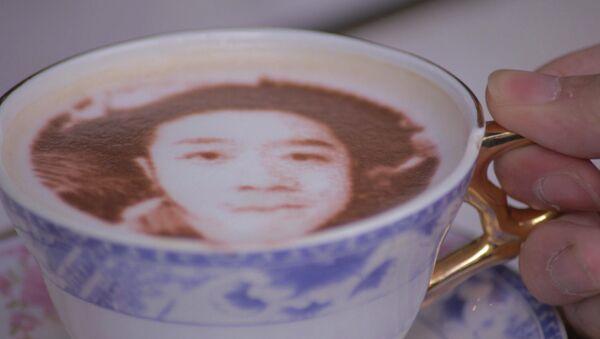კაფე, სადაც სტუმრებს უმზადებენ ყავას სელფი სურათით - Sputnik საქართველო
