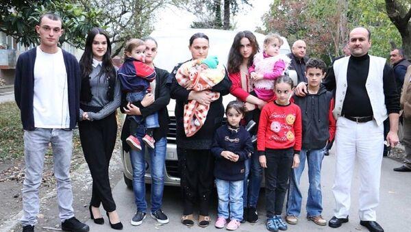 პირველების მრავალშვილიანი ოჯახი - Sputnik საქართველო