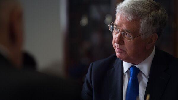 Экс-министр обороны Великоьритании Майкл Фэллон - Sputnik Грузия