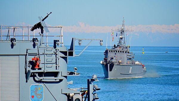 Военные корабли НАТО в батумском порту - Sputnik Грузия