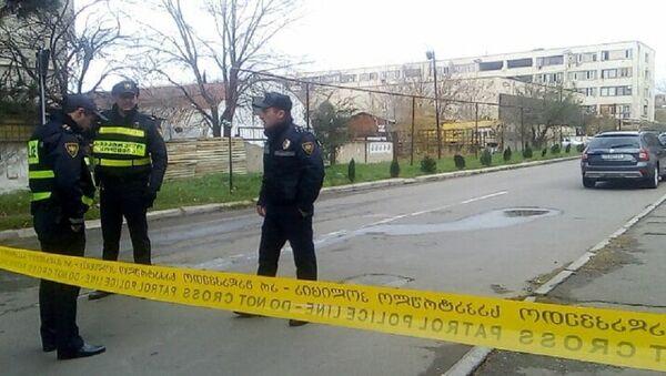 Полиция на месте спецоперации в Исанском районе столицы Грузии - Sputnik Грузия