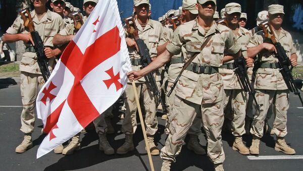Солдаты грузинской армии на параде - Sputnik Грузия