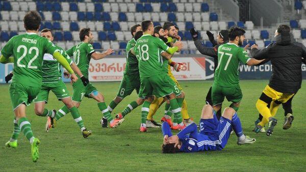 Празднование победы в чемпионате футболистами Торпедо Кутаиси - Sputnik Грузия