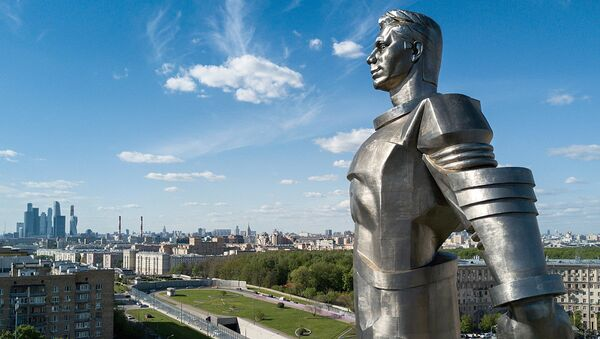 Памятник Ю.А. Гагарину на Ленинском проспекте  - Sputnik Грузия