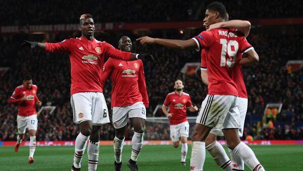 Игроки Манчестер Юнайтед Поль Погба, Ромелу Лукаку и Маркус Рашфорд (слева направо) - Sputnik Грузия
