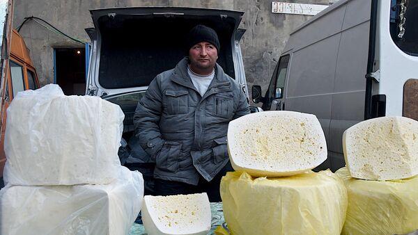 Торговля на Дезертирском рынке - Sputnik Грузия