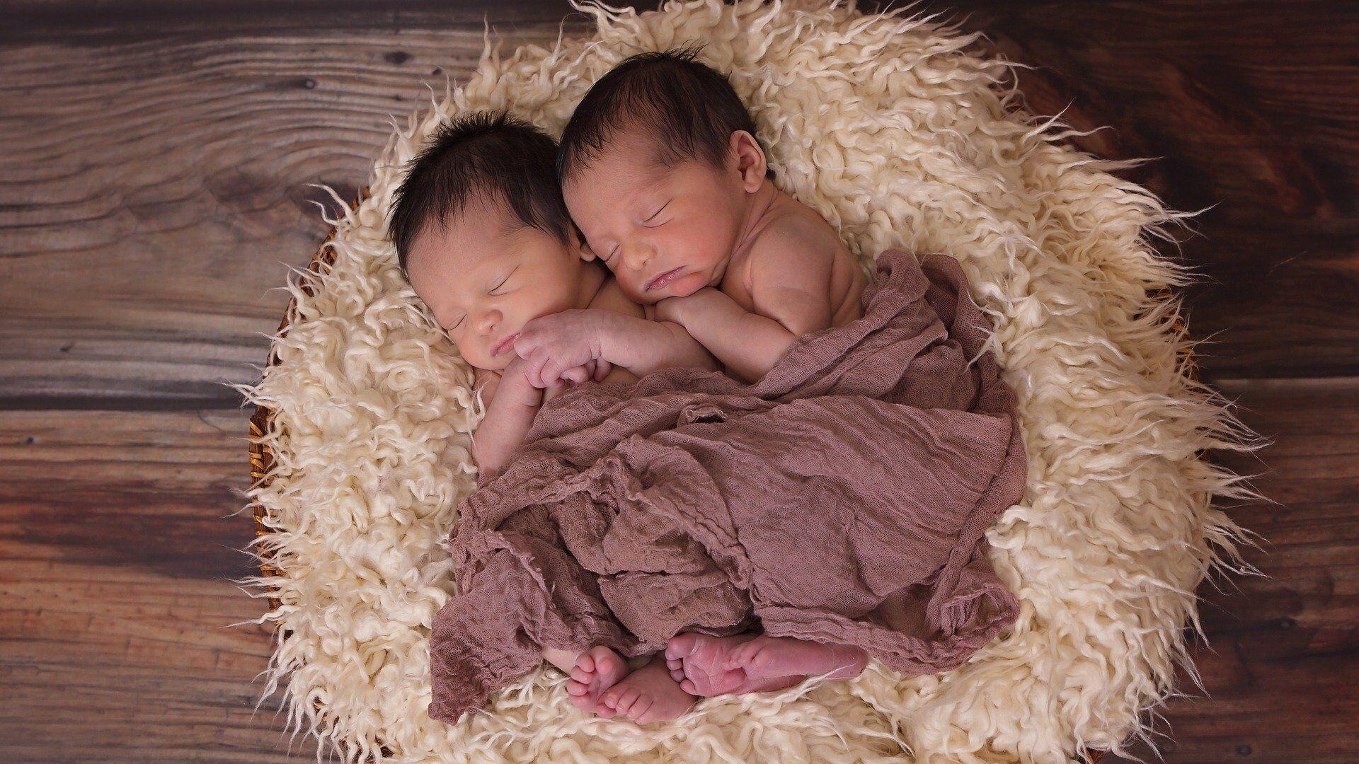 ტყუპი ახალშობილები - Sputnik საქართველო, 1920, 15.02.2021