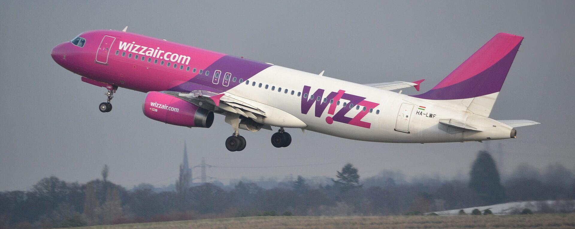 კომპანია Wizz Air–ის თვითმფრინავი   - Sputnik საქართველო, 1920, 15.09.2021