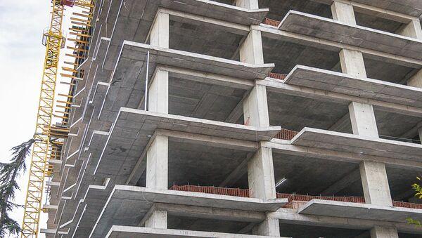 ახალი მრავალბინიანი სახლის მშენებლობა თბილისში - Sputnik საქართველო
