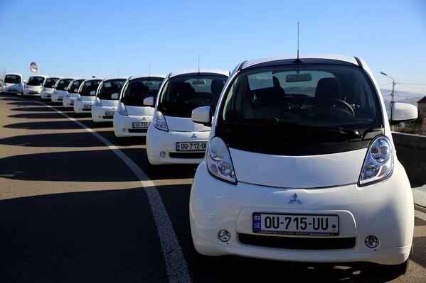Электромобили будут распределены по разным департаментам МВД Грузии - Sputnik Грузия
