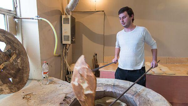Журналист меняет профессию - пекарня - Sputnik Грузия