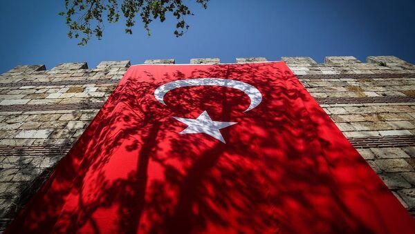 Флаг Турции - Sputnik Грузия