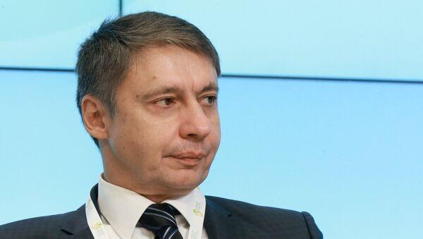 Проректор по развитию Академии труда и социальных отношений Александр Сафонов - Sputnik Грузия