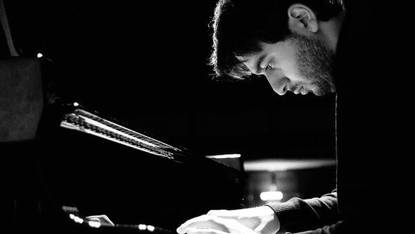 Грузинский пианист Лука Окрос - Sputnik Грузия