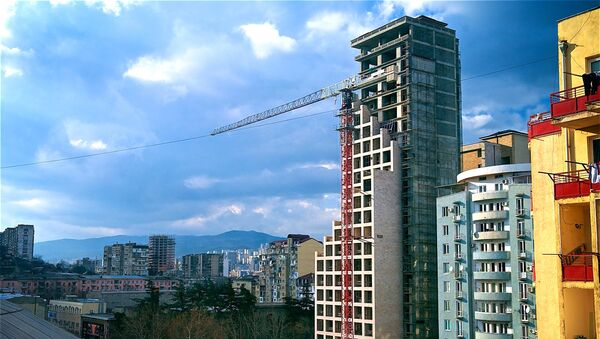ახალი საცხოვრებელი სახლის მშენებლობა საბურთალოზე - Sputnik საქართველო
