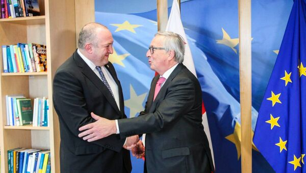 Президент Грузии Георгий Маргвелашвили и председатель Еврокомиссии Жан-Клод Юнкер - Sputnik Грузия