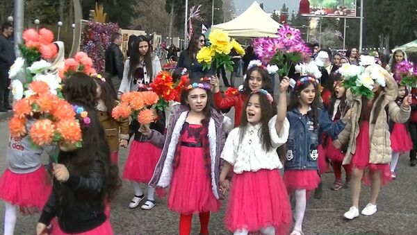 Праздник весны: как Новруз-байрам отметили азербайджанцы в Марнеули - Sputnik Грузия