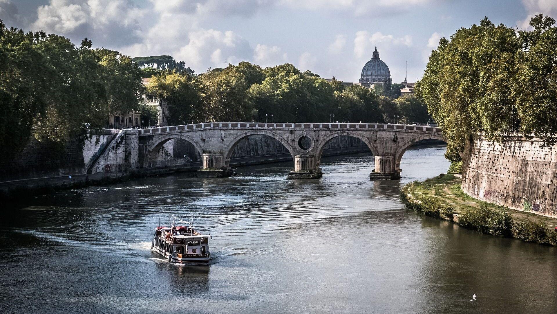 Река Тибр в Ватикане - Sputnik Грузия, 1920, 17.06.2021