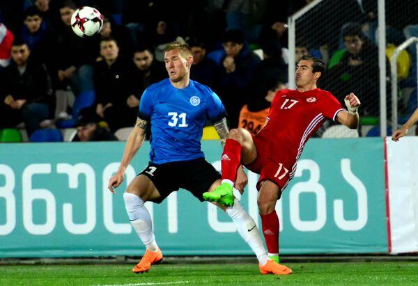 Во втором тайме у грузинской команды была реальная возможность еще больше увеличить счет на табло, но футболисты не смогли реализовать имевшиеся опасные и голевые моменты у ворот соперника - Sputnik Грузия