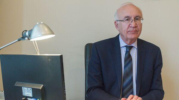 Спецпредставитель премьер-министра Грузии  Зураб Абашидзе - Sputnik Грузия