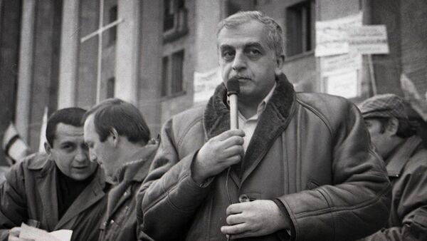 Первый президент Грузии Звиад Гамсахурдия - Sputnik Грузия