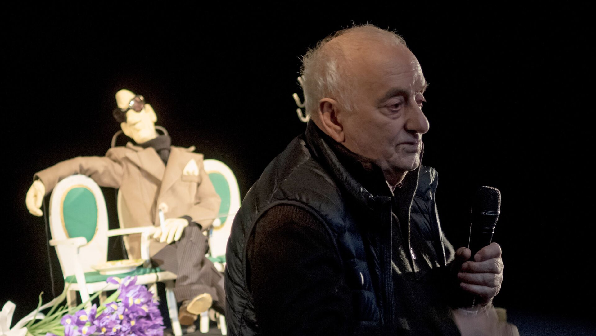 Мини-спектакль режиссера Р. Габриадзе в БДТ им. Г. А. Товстоногова - Sputnik Грузия, 1920, 06.06.2021