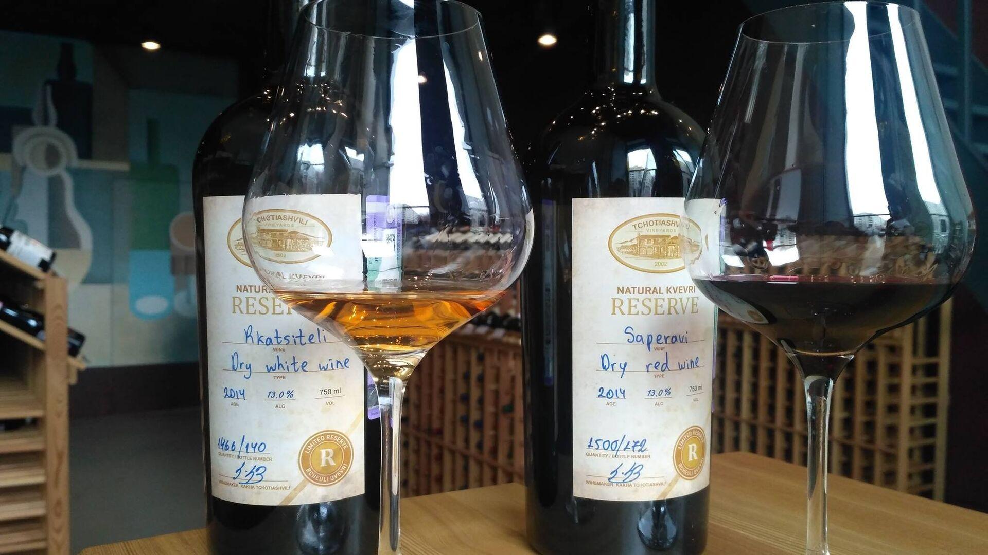 Грузинские вина в винотеке il vino - Sputnik Грузия, 1920, 08.09.2021
