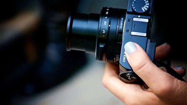 Компактный фотоаппарат Leica: Тбилисская Неделя моды - 17-й сезон - Sputnik Грузия